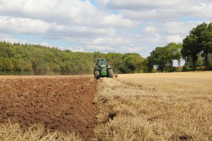tavaszi szántóföldi talajmunkák